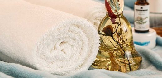 Massage Spa Treats Or A Massage Chair – Why They're A Great Gift Idea
